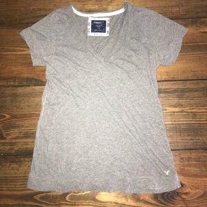 Women's American Eagle V-neck T-shirt